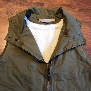 Max Jeans Vest. Perfect condition! Olive green